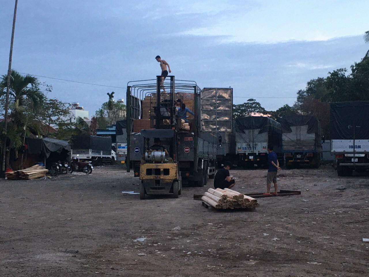 Nhà xe chuyển hàng Đà Lạt Bình Dương
